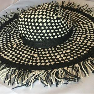 Accessories - Summer floppy hat